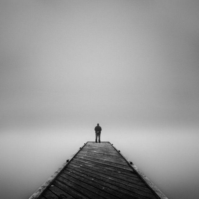Nathan Wirth Photography - Coup de cœur pour les photographies de Nathan Wirth. Avec des clichés en noir et blanc d'une beauté incroyable représentant majoritairement des paysages, ce dernier nous propose de rentrer dans son monde à l'ambiance brumeuse appelé « A slices of silence ».