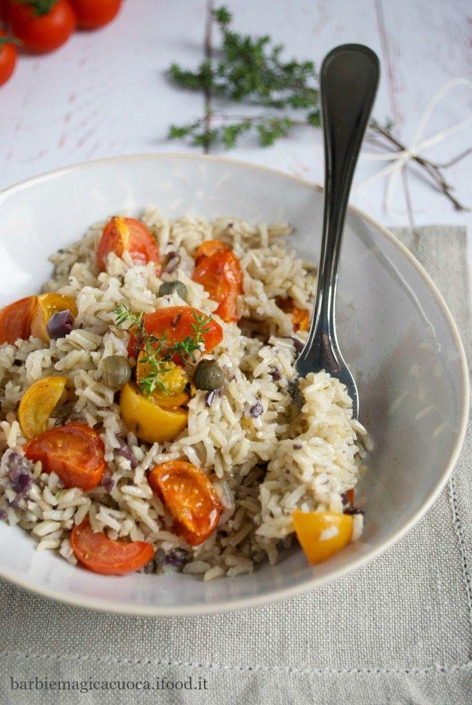 Riso basmati integrale con pesto di olive e capperi e pomodorini al forno al timo