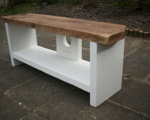 THESE ENTERTAINMENT STANDS ALSO HAVE A CABLE TIDY BUILT IN TO THE STAND AT THE REAR TO KEEP CABLES OUT OF SIGHT AND A SHELF TO HOLD DVD