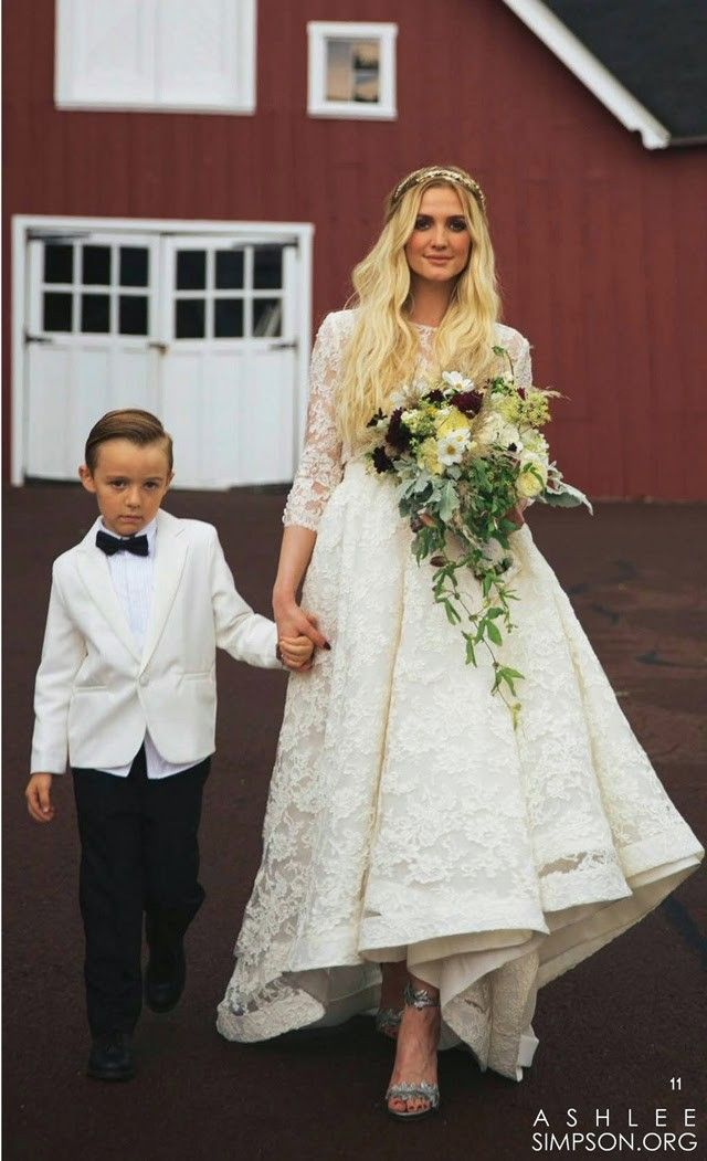 31 Memorable Celebrity Wedding Dresses We Loved