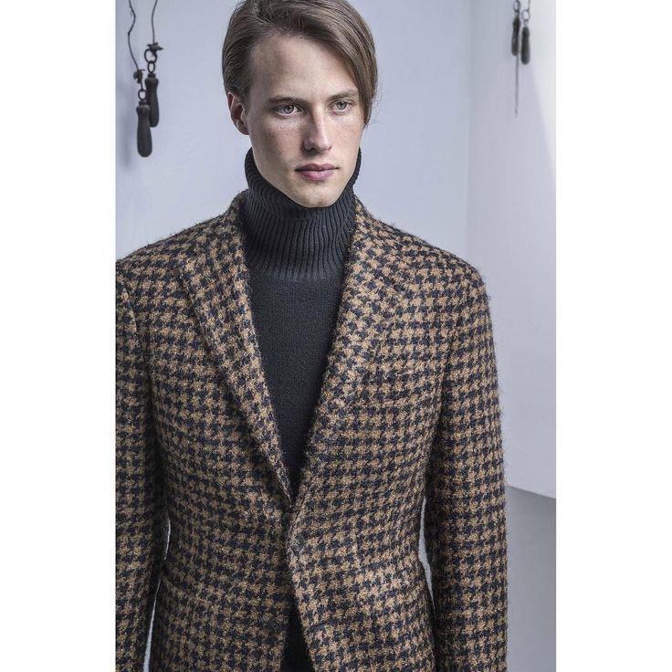 A soft and well-cut jacket makes you feel better every time you put it on. - The #Degas jacket is in soft wool mohair and silk houndstooth. The #Blake turtleneck sweater is in virgin wool - #Thegigi #menswear #mensstyle #GigiBoglioli #dontlookback
