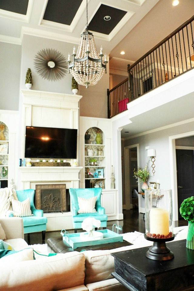 Two story family room is so dramatic eclecticallyvintage.com