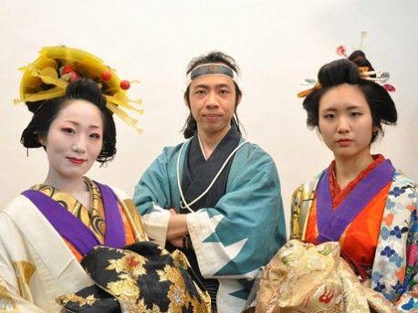 姫路・大手前通りに「変身スタジオ」-気分は江戸時代、衣装や小道具提供