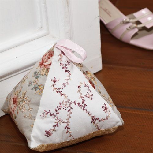 Keep your doors propped open with style thanks to this pretty patchwork and embroidered doorstop pattern designed by Maree Watt. Featuring some simple embroidery on two panels this easy-to-create design can be whipped up in a weekend, making a perfect last minute gift. You could make a whole batch of these embroidered doorstops as gifts for friends come Christmas time!