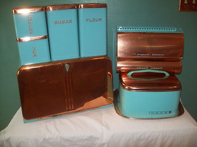 oh but the price is too much but well worth it....Vintage TURQUOISE COPPER BEAUTYWARE BREAD BOX CANISTER CAKE CARRIER PAPER HOLDER