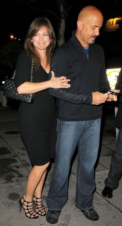 281 best images about valerie bertinelli on pinterest for Who is valerie bertinelli married to