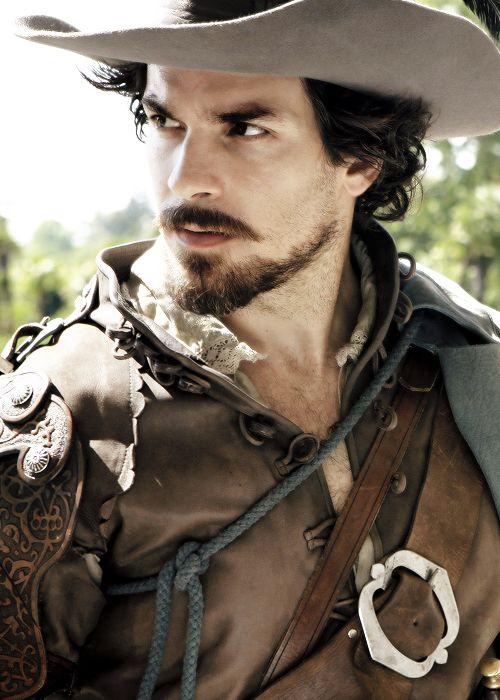 Santiago Cabrera looking fine in The Musketeers