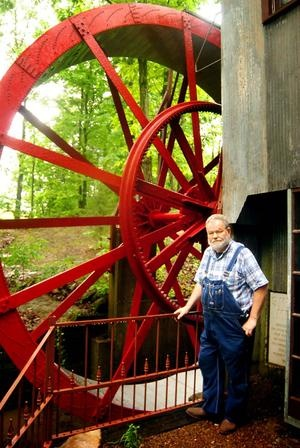 Flora, Ill. — Smith Mill, a rebuilt grain mill run by a water wheel located in rural Rinard, just south of the Wayne County line on Bluemound Road, will be open to the public for the first time ever this Sunday, May 6, from 1 to 4 p.m. The event is free of charge.Waterwheels
