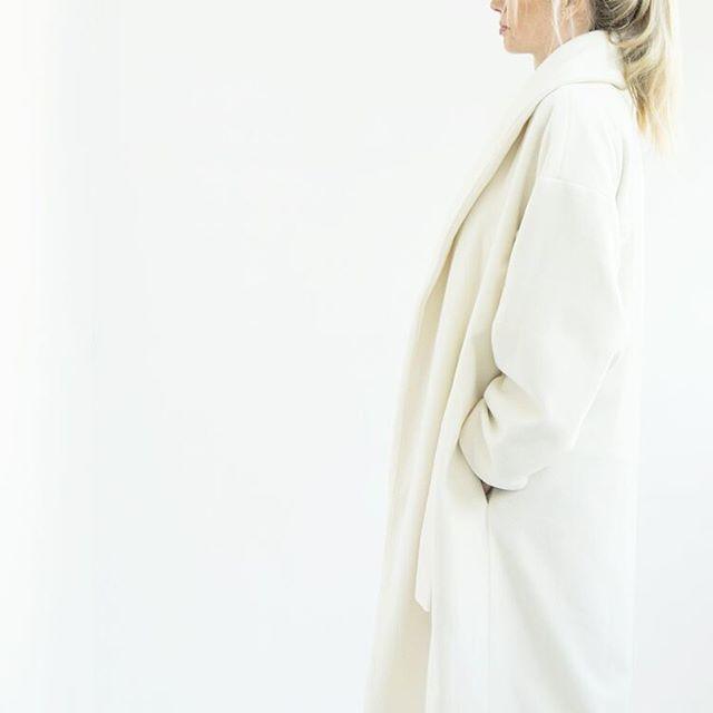 Fold Coat . Aurora Collection