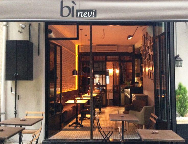 Karaköy Alkolsüz Mekanlar ve Kafeler -  Bi Nevi http://www.yesiltopuklar.com/binevi-karakoy-vejetaryen-lezzet-duragi.html