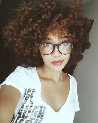 Ou este castanho acobreado apenas perfeito.   17 imagens de cabelos ruivos que vão te dar vontade de correr para o salão  #Hedheads #Ruivas