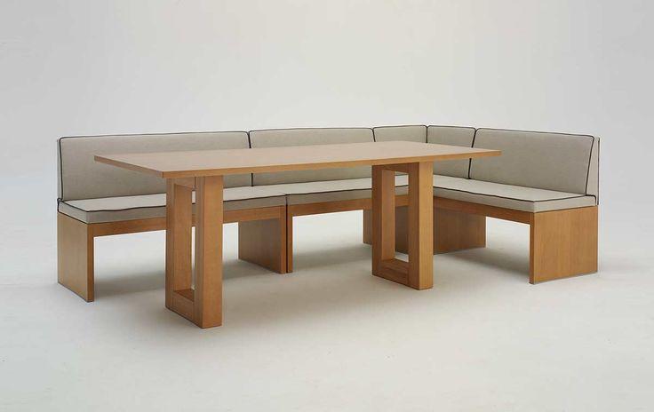 Panca e tavolo Roma. In foto la panca angolare Roma con il tavolo Roger, il perfetto tavolo da abbinare alle nostre panche moderne