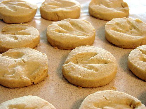 Dino fossil cookies    USE THIS RECIPE INSTEAD: http://www.bettycrocker.com/recipes/chocolate-dipped-shortbread-cookies/6480cf3c-f19c-49cc-b9b2-d17fbe35dee2