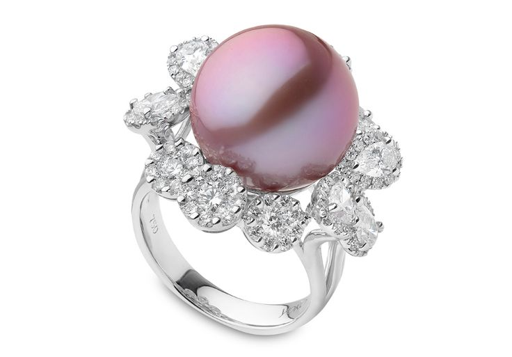 Yoko London 18kt white gold ring with a 14-15mm natural colour, radiant orchid Freshwater pearl and 2.60cts diamonds.