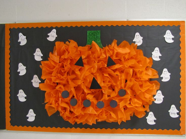 teachingtimes2.blogspot.com made this pumpkin from tissue paper for her Halloween bulletin board- it totally rocks!!!!
