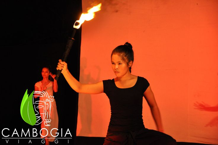 Evoluzioni luminose e immaginari narrativi al Phare Circus di Siem Reap  #cambodia #cambogiaviaggi #pharecircus