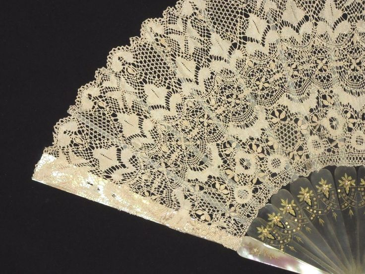 Fan Eventail 2 Handmade Maltese Bobbin Lace Blond Sticks Mother Pearl Guards | eBay