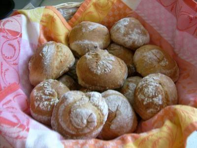 Rezept: Buttermilch - Dinkelbrötchen