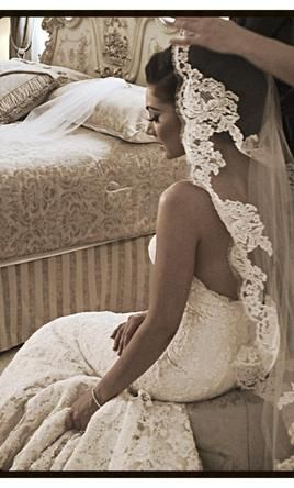 beautiful lace veil,  (dress: Ines di Santo)