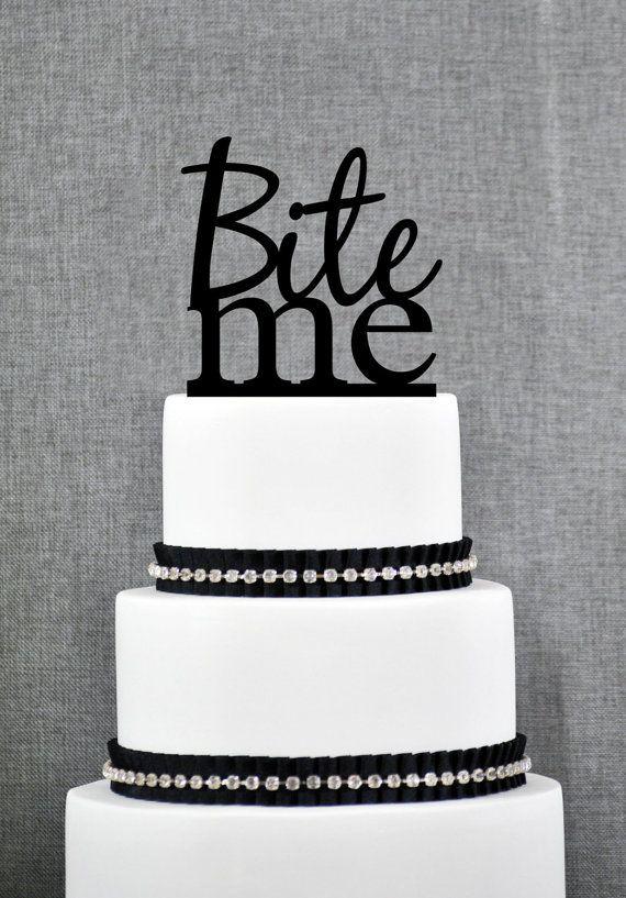 Bijten Me taart Topper in uw keuze van kleuren, grappige bruidstaart Topper, moderne bruidstaart Topper, unieke taart Topper - (S114)