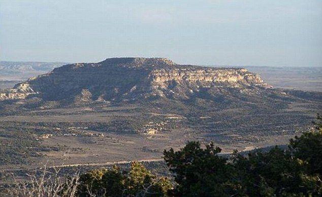 Montagne du Nouveau Mexique, où se trouve le bunker souterrain de l'église de scientologie