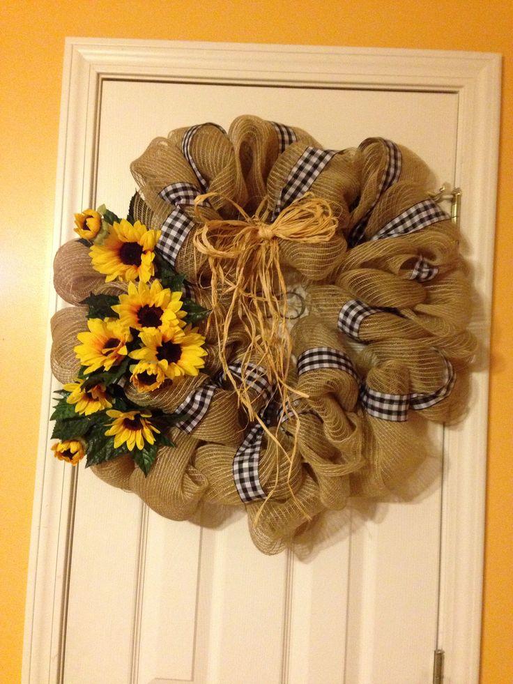 Mesh Wreath Sunflowers and Burlap