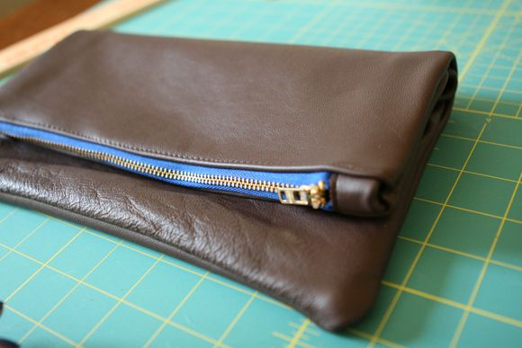 DIY: leather pouches