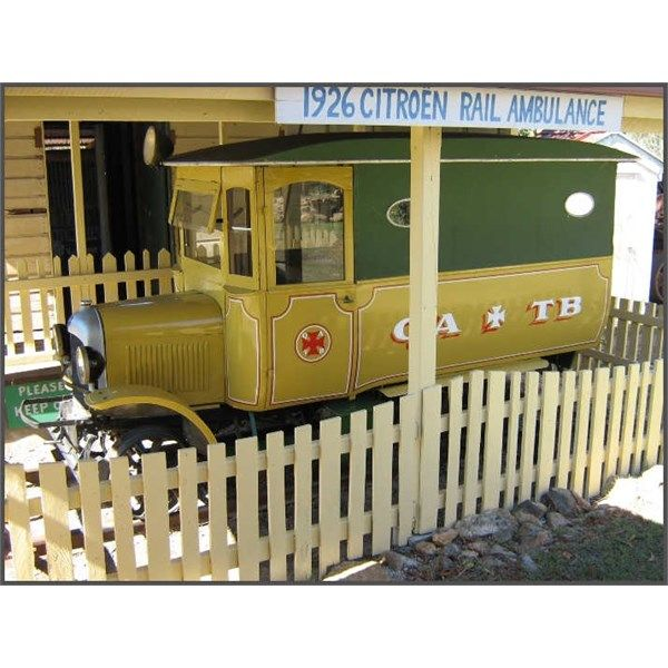 1926 Citroen Rail Ambulance b