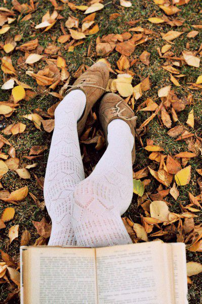 autumn = reading outside