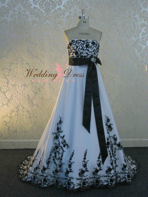 Hey, I found this really awesome Etsy listing at https://www.etsy.com/listing/179276272/stunning-black-and-white-wedding-dress