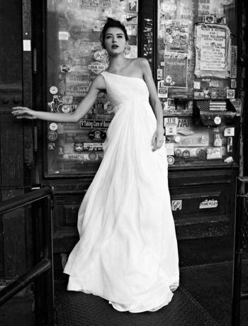 Best 25 one shoulder wedding dress ideas on pinterest one strap love one shouldered dresses one shoulder wedding junglespirit Images