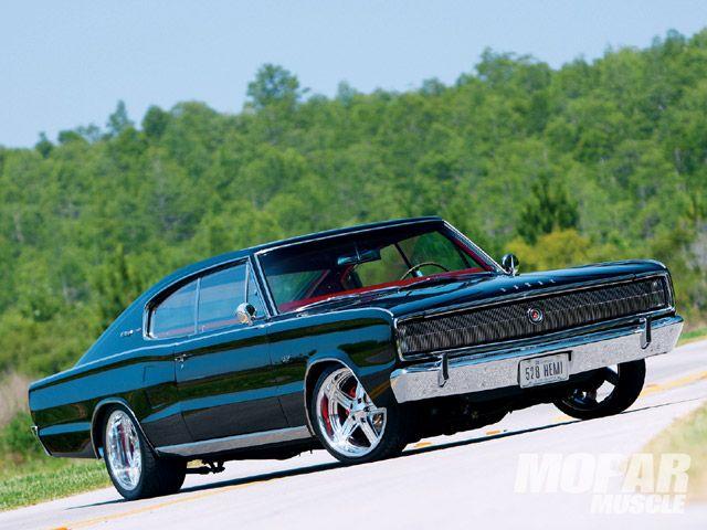 1966 Dodge Charger: Nice Restomod!