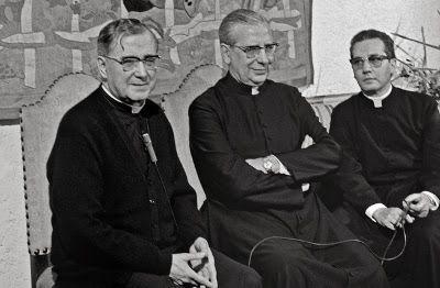 """""""Gracias a Dios y al Papa Francisco"""", dice el prelado del Opus Dei, Mons. Javier Echevarría, en esta entrevista con motivo del anuncio de la fecha de la beatificación de Mons. Álvaro del Portillo."""