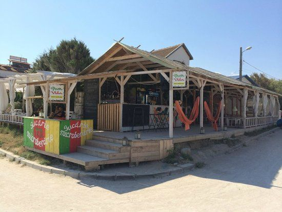 Pura Vida Beach Bar & Hostel (Vama Veche, Romania) - Hostel ...