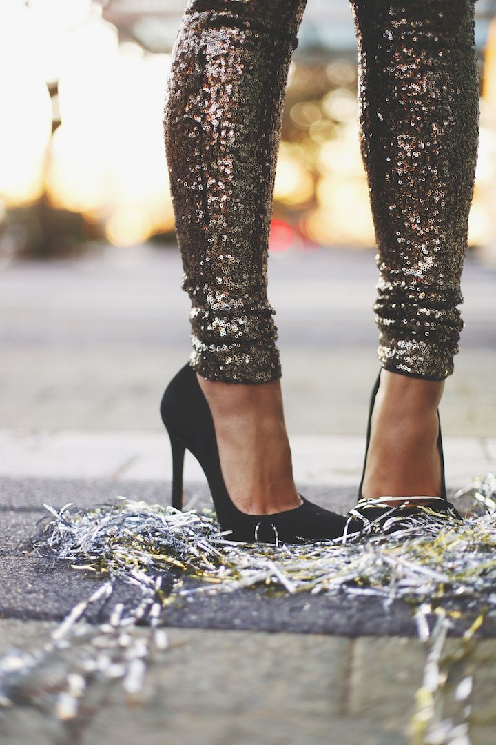 Typically not my style but these are super cute sparkly pants. Love those shoes