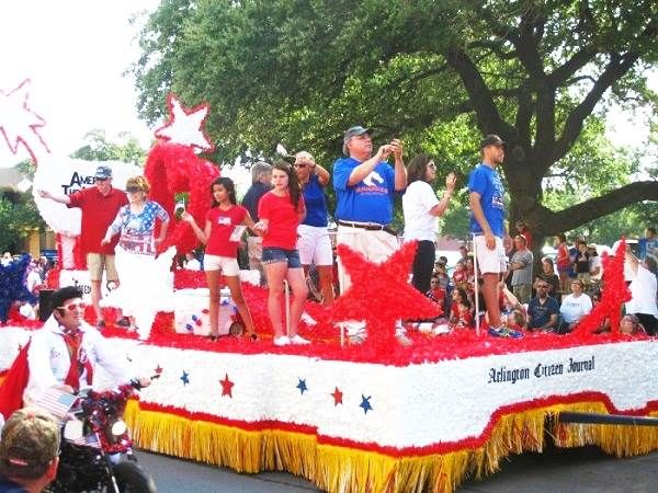 july 4th parade themes