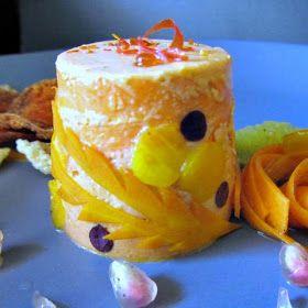 Tagli e intagli: Ton sur ton....bavarese di pomodoro, insalata di carote, emulsione al mandarino