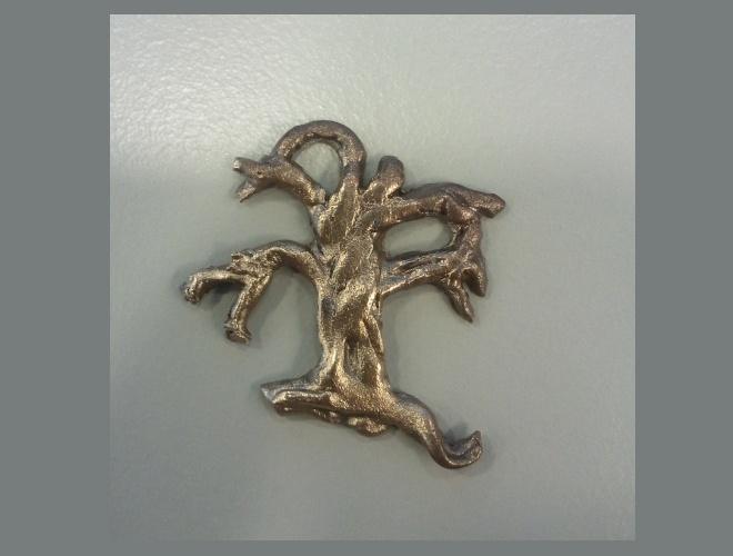 Bonze oak pendant