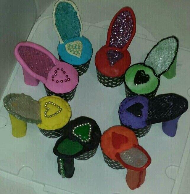 Happy birthday heels #partycakefun