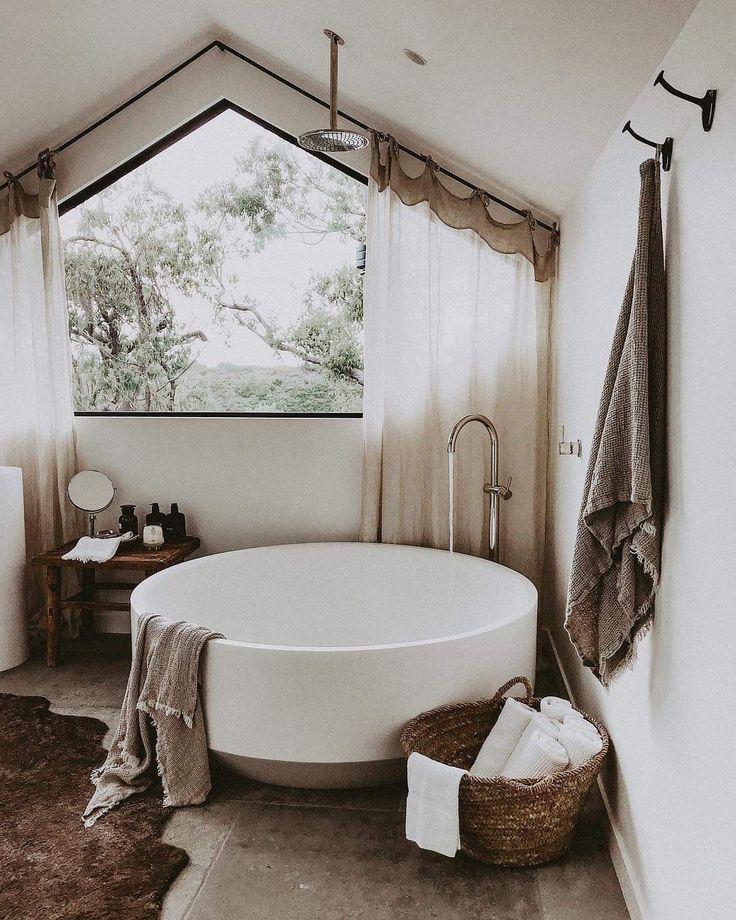This Tub Is Ridiculously Amazing Such A Beautiful Design Bathroomredo Interiordesign Homedesign Boho Badezimmer Wohnen Und Design Fur Zuhause