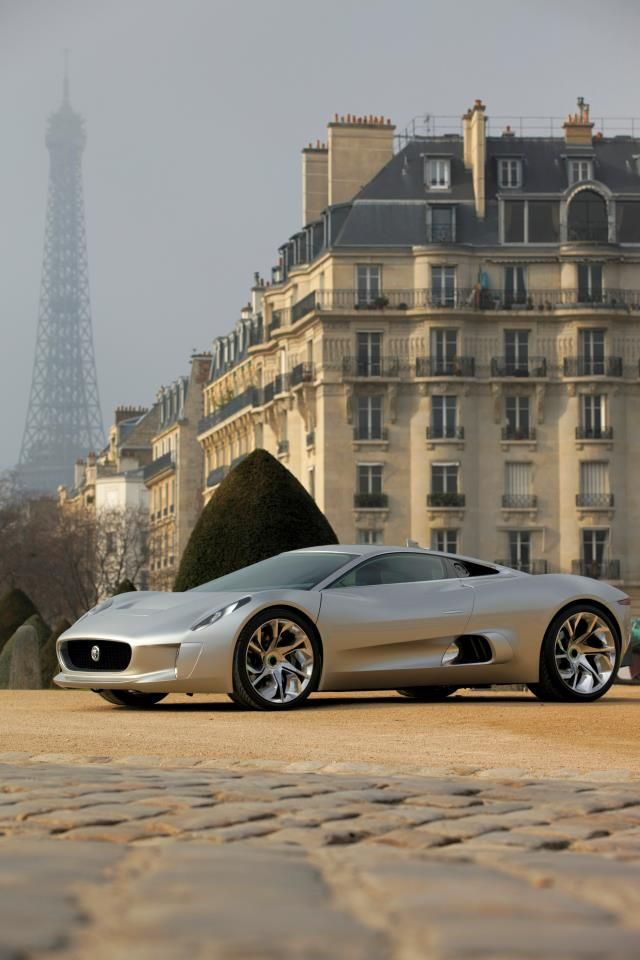 Jumpin' Jag flash: C-X75 supercar for a price north of £700,000