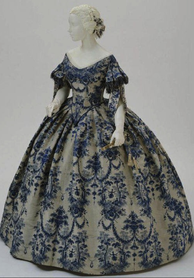 Blue Wedgewood Dress - don't have a date on it, but it's too pretty not to pin.