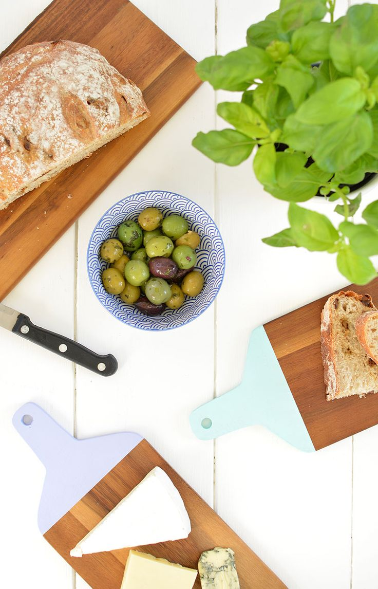DIY | painted chopping boards