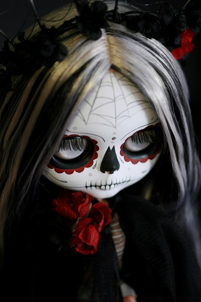 https://flic.kr/p/pBTUck   Trece   Trece -- 13 --  is all things superstitious, spiritual and dark, celebrating both life and death during the the triduum  of All Hallows' Eve (Hallowe'en), All Saints' Day (All Hallows') and All Souls' Day.  She is a full custom Calavera Blythe and display stand for the Auguste Clown Gallery Halloween group show in Melbourne, Australia. I'm honored to participate, it is going to be an amazing show!  Contact Leigh at the gallery for inquiries and to be added…