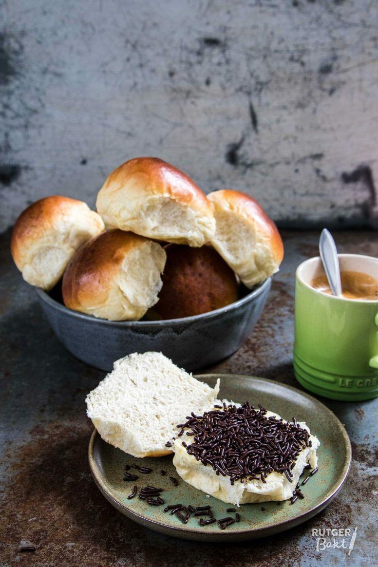 Zachte witte bolletjes bakken - recept