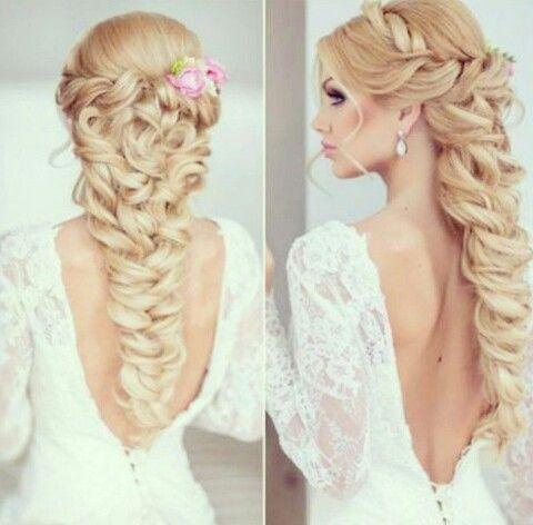 "coiffure mariée, bride, mariage, wedding, hair, hairstyle, braid, updo, chignon, tresse, couronne fleurs, headband """