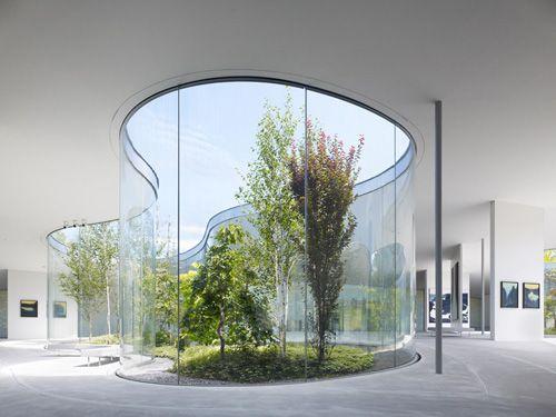 Hiroshi Senju Museum Karuizawa designed by Ryue Nishizawa.Sanaa - uso de formas orgânicas