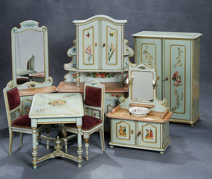 Theriault's Antique Doll Auctions - Outstanding French Ensemble of  Furnishings for Petite Poupee - French circa - 599 Best Dollhouses, Dollhouse Furniture & Accesories Images On