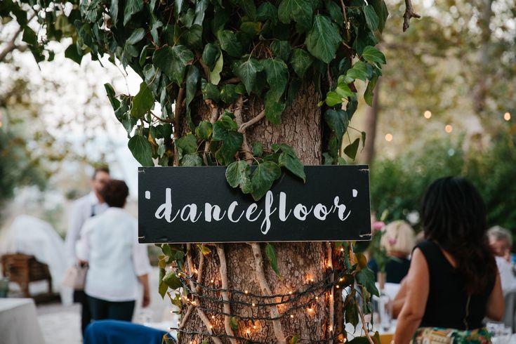 Casual Chic Wedding decor garden party | lafete