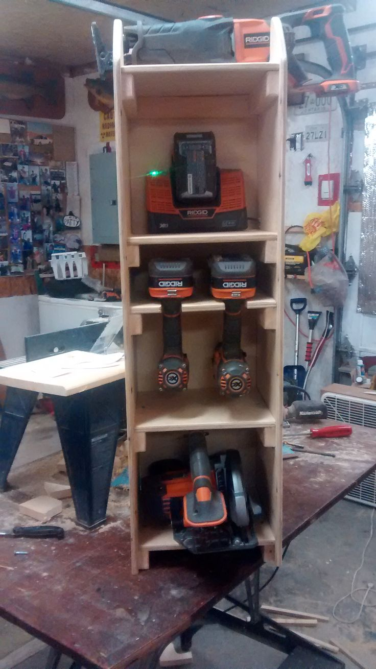Here is the RIDGID Tool cabinet all filled up and ready to go!